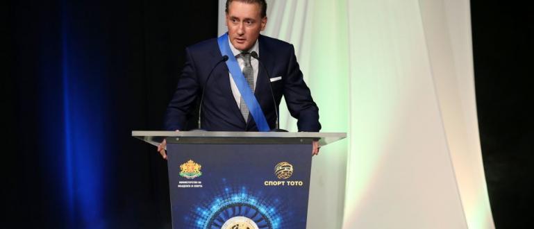 Собственикът на футболния шампион Лудогорец Кирил Домусчиев заяви тази вечер,