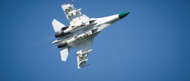Руски изтребител Су-27 пресече американски разузнавателен самолет P-8A Poseidon над