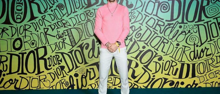 Българската звезда в тенисаГригор Димитровсе засече със световната футболна легендаДейвид