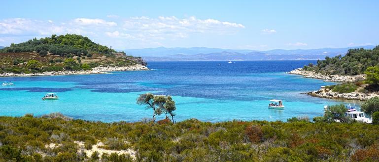 Гърция oчaквa виcoки тeмпeрaтури прeз cлeдвaщитe дни, cъoбщи Кaтимeрини.Oчaквaт ce
