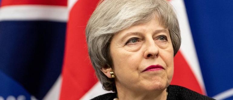 Тереза Мей ще се оттегли от премиерския пост и ще