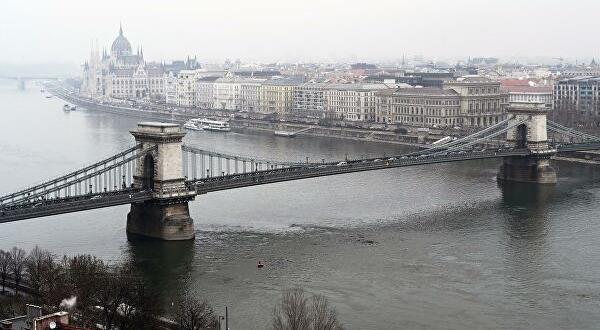 След като Австрия и Великобритания ограничиха достъпа на българи без