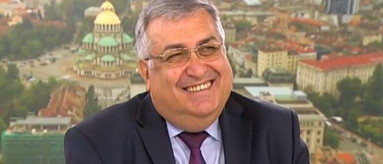 Според юриста-конституционалист и бивш служебен премиер Георги Близнашки има много