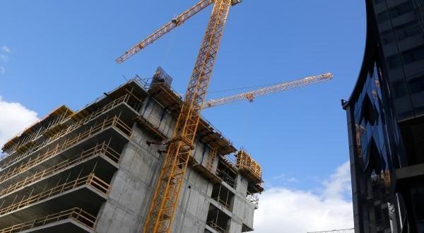 """Дирекция национален строителен контрол (ДНСК) спря строителството на небостъргача """"I"""