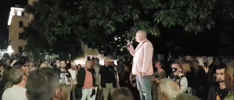 75-тата поредна вечер на антиправителствен протест минава с малко хора,