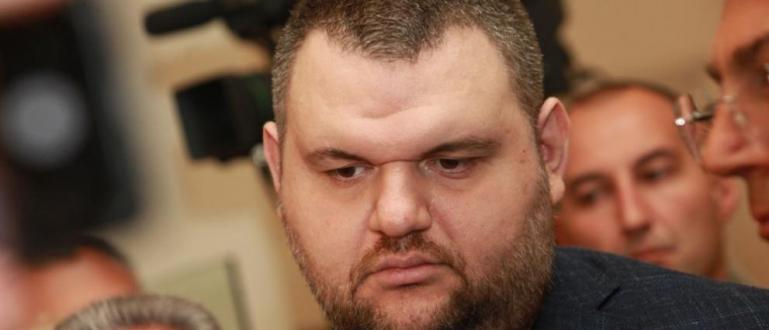 """Компанията """"Интръст"""" ЕАД на Делян Пеевски дари 3 респиратора и"""