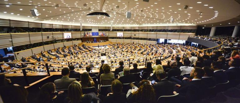 Страната ни ще има положително салдо от 11,7 милиарда евро,