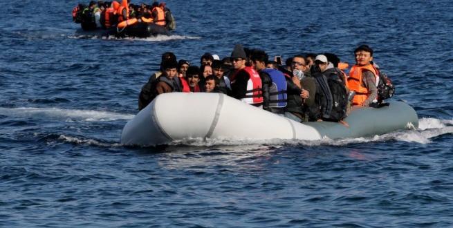 Снимка: В Турция заловиха 330 нелегални емигранти