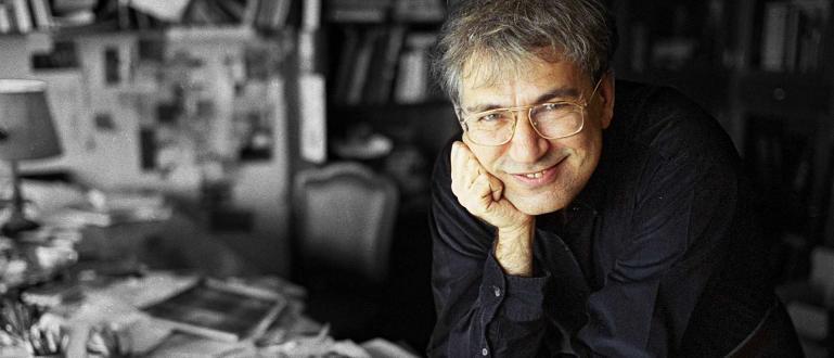 Турският писател Орхан Памук тъкмо завършвал новата си книга