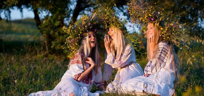 Еньовден е – денят на лятното слънцестоене. Православната църква отбелязва