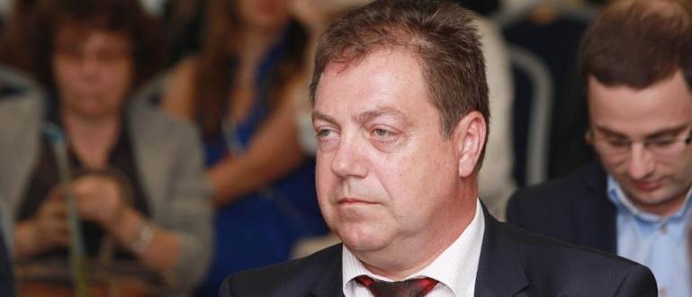 Шефът на лекарския съюз д-р Иван Маджаров изказа днес възмущение