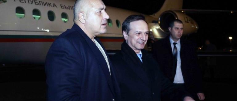 Бойко Борисов пристигна късно снощи в Швейцария, където от днес