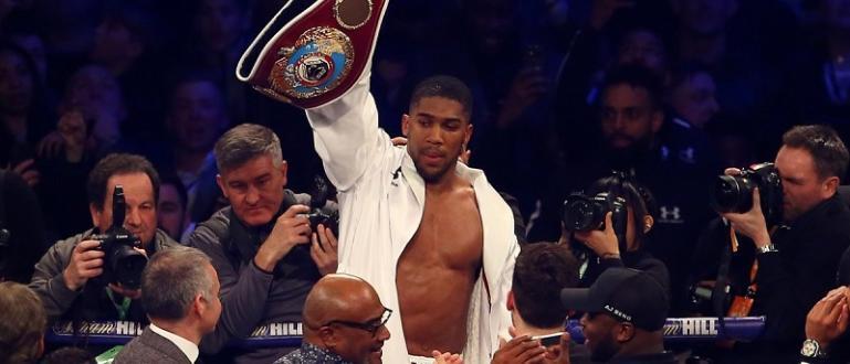 Антъни Джошуа отново е световен шампион в бокса. Британецът си
