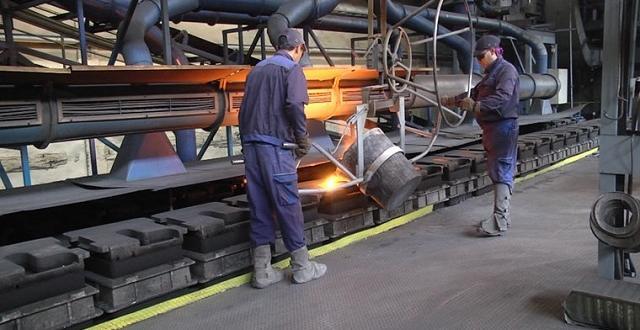 Големи заводи спряха работа в сряда заради рекордните цени на