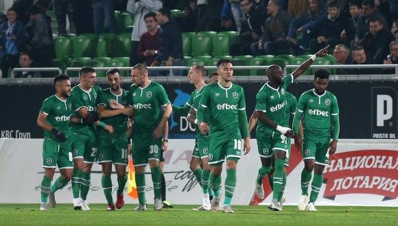 Лудогорец победи Черно море във Варна с 2:1 в дербито