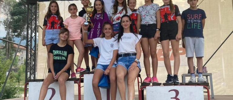 """25 момичета и момчета от Клуб по биатлон """"Банско 2019"""""""