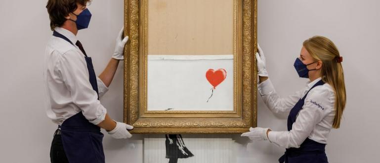 Частично повредено платно на една от най-известните творби на британския