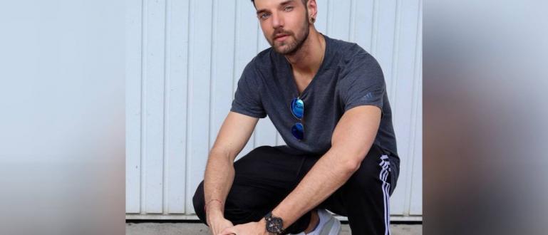 Фото bTVТалантлив, млад, популярен и харизматичен – музикантът и актьор