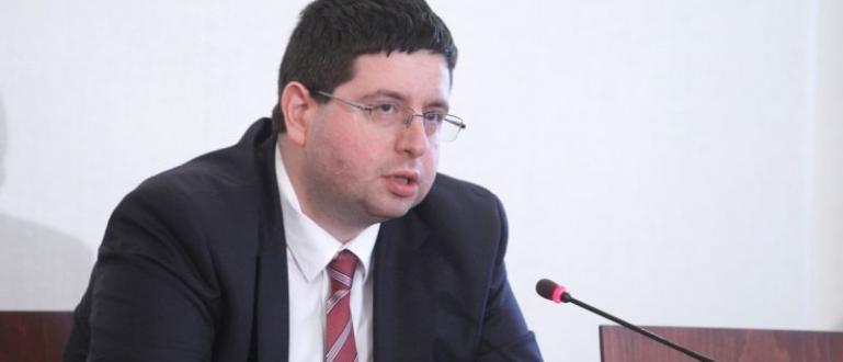 Кандидатът на ДПС за президентския пост Мустафа Карадайъ е носител