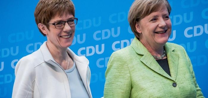 Подготвяла гопрез пролетта на тази годинаАнегрет Крамп-Каренбауер, която Ангела Меркел
