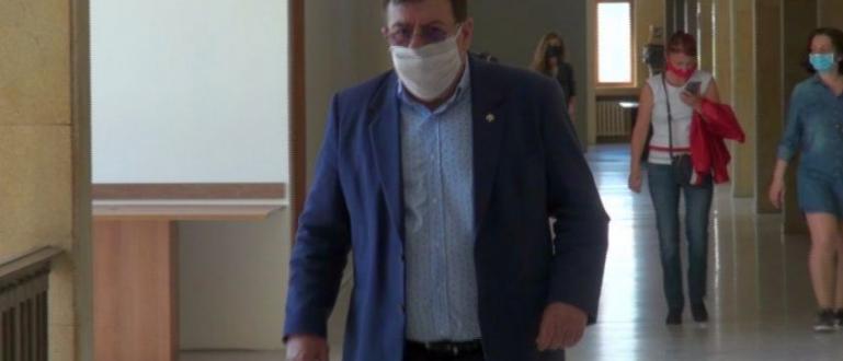 Бургаския съд пусна подсъдимия Бенчо Бенчев, обвинен в укривателството на