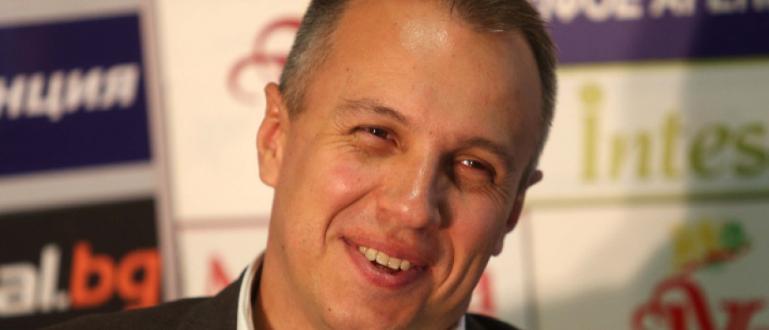 Нападателят на Берое Мартин Камбуров – футболист, играл в няколко