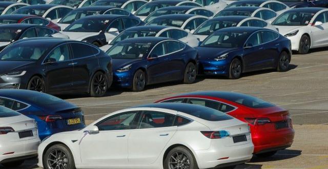 Уебсайтът за търговия на употребявани автомобили на компанията Renrenche, някога