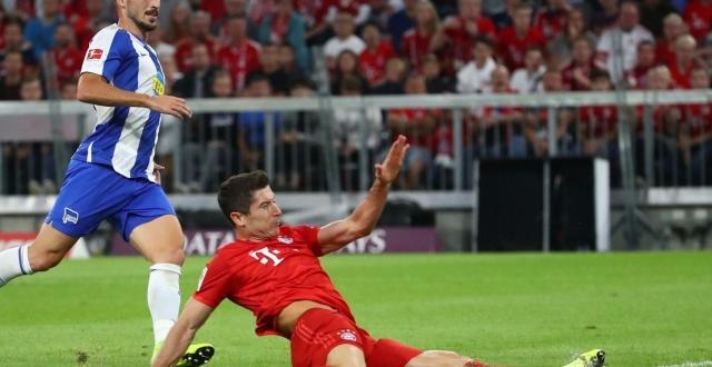 Сезонът в Бундеслигата стартира с изненадващо равенство 2:2 между шампона