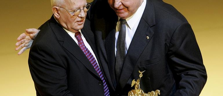 Бившияг съветски дипломат и френскиписател Владимир Фьодоровски заяви, че бившият