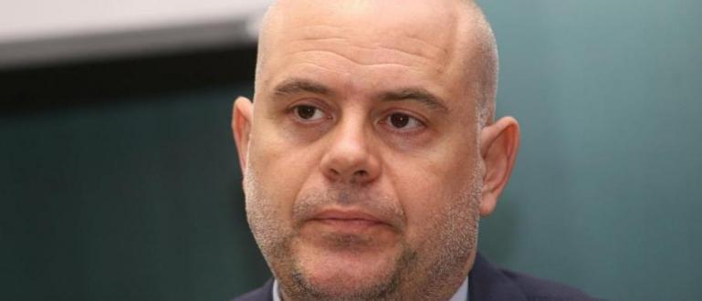 ленумът на Висшия съдебен съвет повторно подкрепи номинацията на Иван