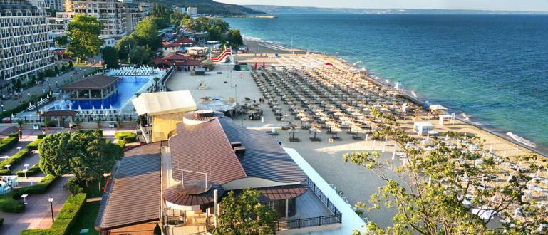 По-ниските цени по морските курорти засега се отлагат. Заради трудното