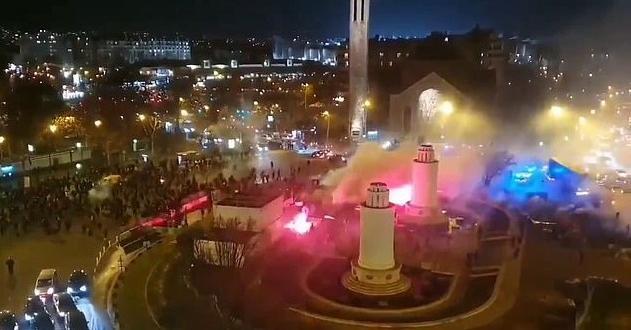 Сблъсъци между феновете на ПСЖ и Галатасарай в центъра на
