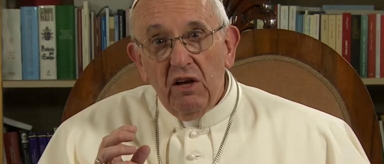 Папа Франциск осъди като поругаване извършваното на насилие над жени