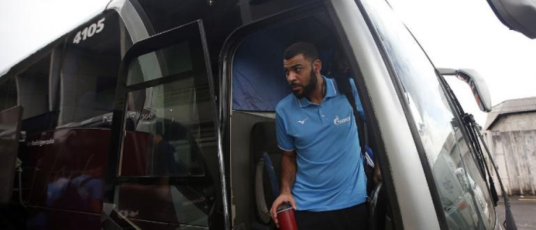 Френският волейболен национал Ървин Нгапет беше арестуван в Бразилия и