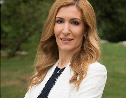 Министърът на туризма Николина Ангелкова, която ще бъде почетен патрон