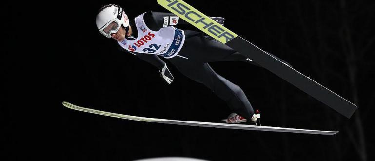 Българският ас в ски скока Владимир Зографски се класира на