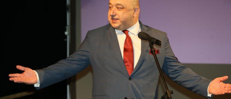Министърът на младежта и спорта Красен Кралев разпореди да се