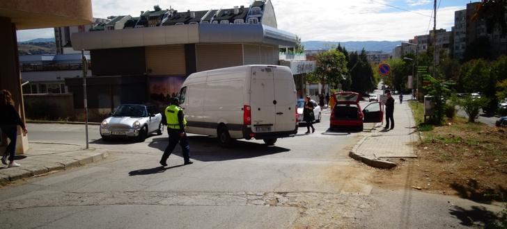 Нови случаи на нерегламентиран превоз по маршрута София-Перник разкриха инспекторите