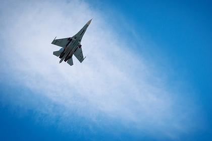 Самолет Су-27, по предварителни данни, е паднал в Черно море