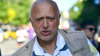 Служебният министър на културата Велислав Минеков постави под въпрос по-нататъшното