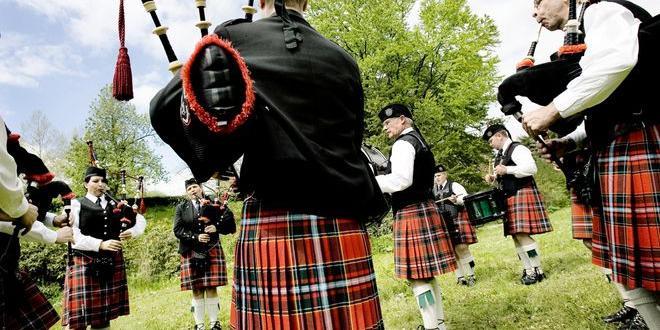 Шотландският (галски) език може до 10 години да влезе в