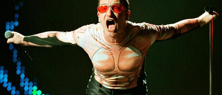 Вокалистът на световноизвестната група U2 - Боно, изпя официалната песен