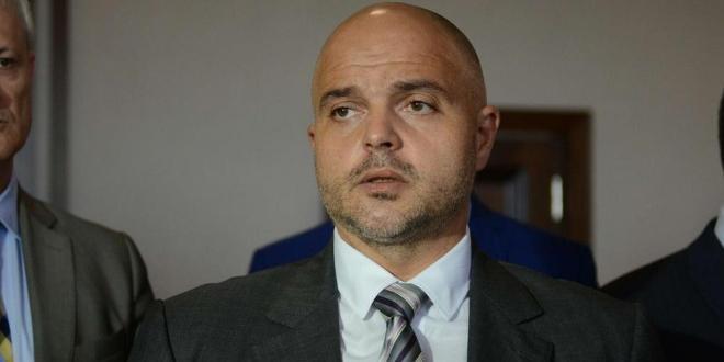 Като причина за убийството в Бургас разследващите не изключват версия