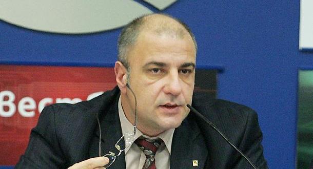 Доктор Любомир Киров е общопрактикуващ лекар и председател на Националното