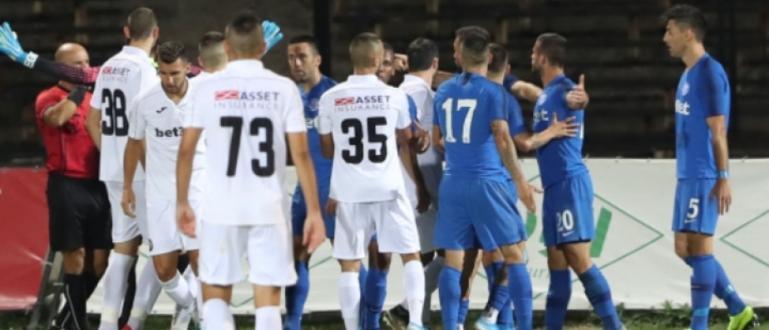 Футболистите на Арда победиха с 2:1 гостуващия Славия в последния