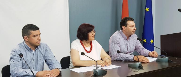 Настояваме кметът Фандъкова незабавно да прекрати обществената поръчка за чистотата