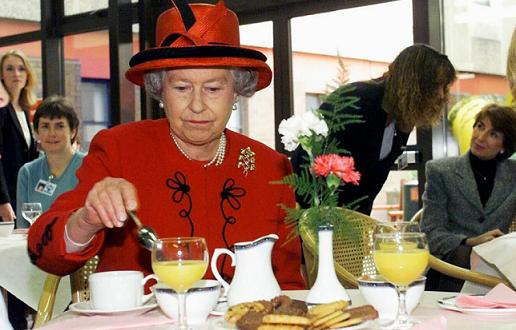 Елизабет Втора няма да наруши навиците си и по време