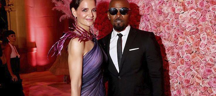 Кейти Холмс и Джейми Фокс официално се разделиха. Анонимен източник