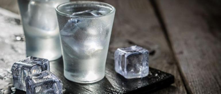 Медици смятат, че водката се явява ефективен начин за избавяне