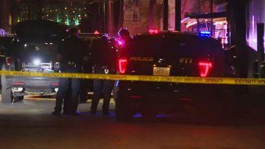 Двама младежи бяха убити и 14 бяха ранени снощи при
